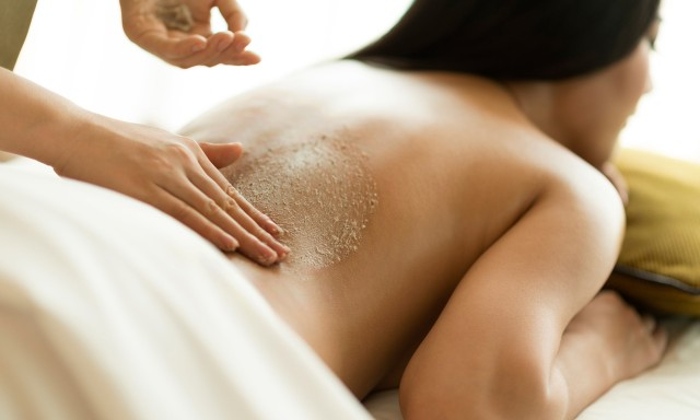 Body Exfoliation and 30 Minute Massage